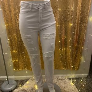 Fashion Nova✨ Destroyed Skinny Jeans 👖